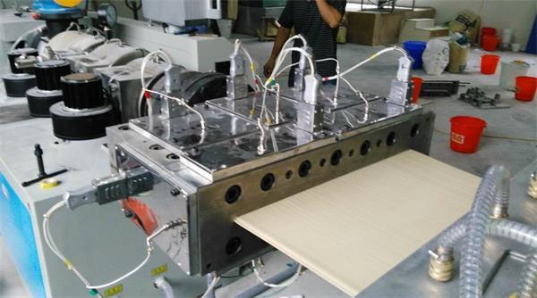 【江苏】客户0经验 用我司pvc发泡稳定剂做木塑发泡墙板3次调试成功